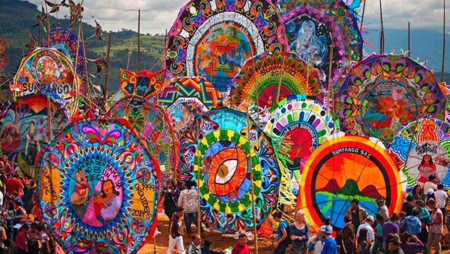 Viaje para ver los Barriletes Gigantes de Sumpango | Noviembre 2016