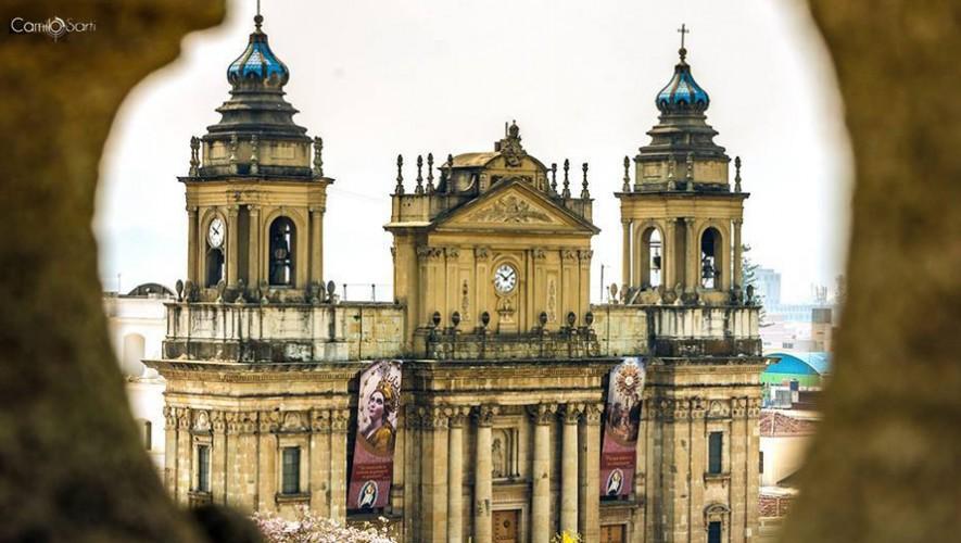 El 2 de noviembre de cada año se abren las puertas de las criptas de la Catedral Metropolitana. (Foto: Camilo Sarti)