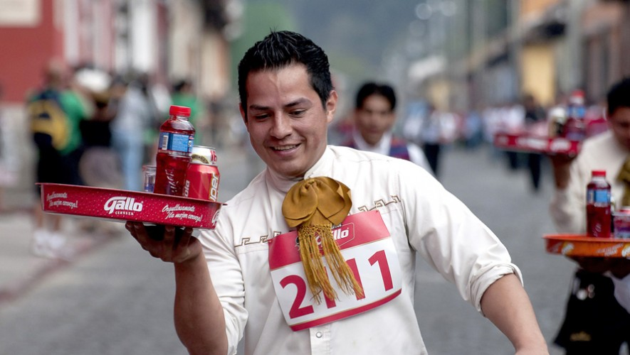 Carrera de Charolas en Antigua Guatemala   Noviembre 2016