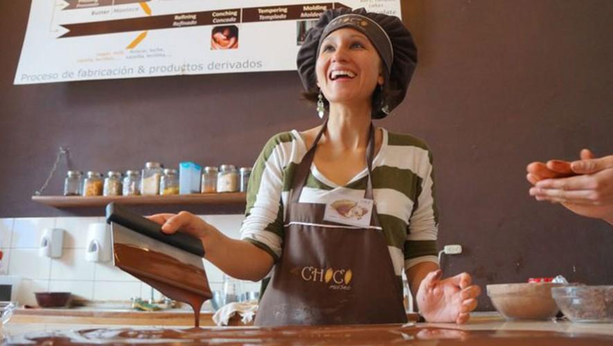 Hacer chocolate en Guatemala es una de las mejores experiencias de comida en Latinoamérica. (Foto: Travel with Bender)