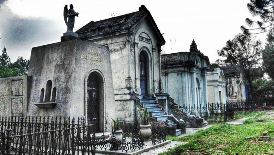 Necrotour de muertes trágicas Cementerio General   Octubre 2016