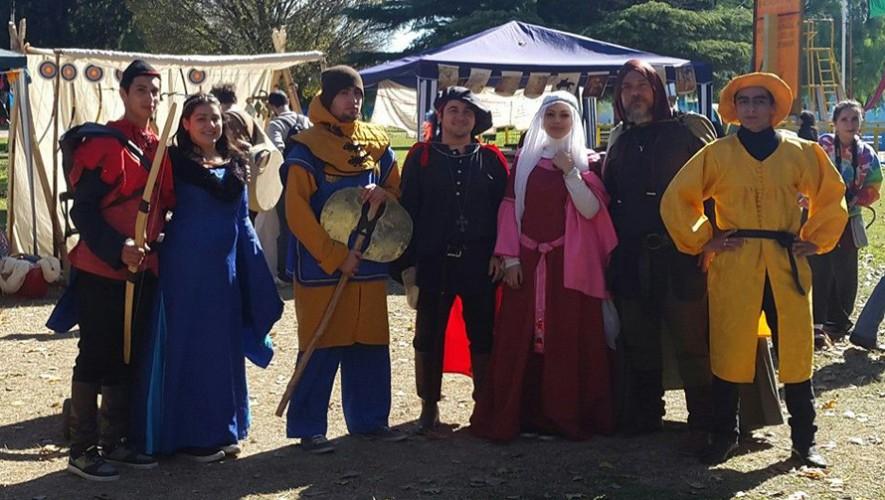 Carrera familiar y Festival Medieval en Antigua Guatemala | Noviembre 2016