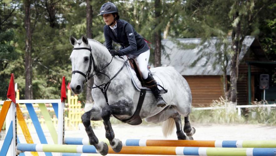 Montando a Carobat, Zimeri logró quedarse con el primer lugar del Campeonato. (Foto: ANEG)
