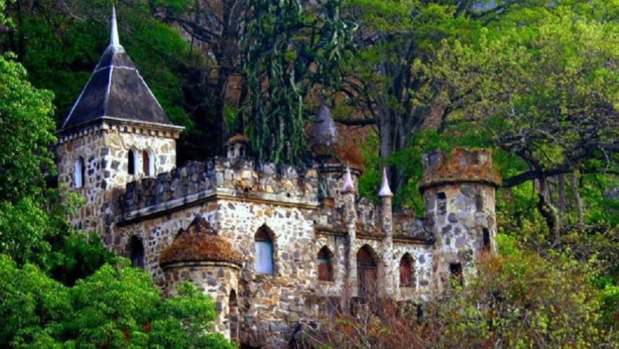 Detrás del castillo Dorión en Amatitlán hay una serie de leyendas. (Foto: Meet Conoce Incontra Rencontre Treffen Guatemala)