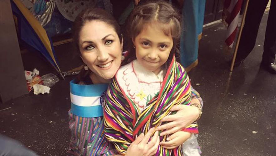 Mirciny Moliviatis recibió el premio El Quijote durante el Desfile de la Hispanidad 2016 en Nueva York.  (Foto: Mirciny Moliviatis)