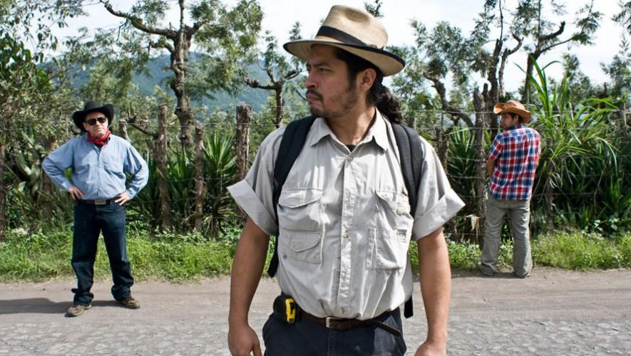 """Proyección de película guatemalteca """"Ovnis en Zacapa"""" en Soma   Octubre 2017"""
