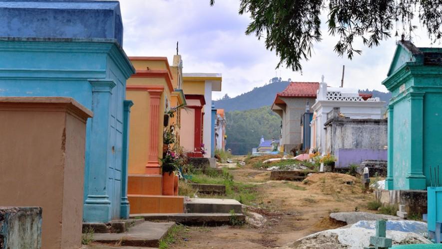 Se necesitan voluntarios para pintar el Cementerio General de Guatemala y darle un mejor aspecto. (Foto: César Catalan)