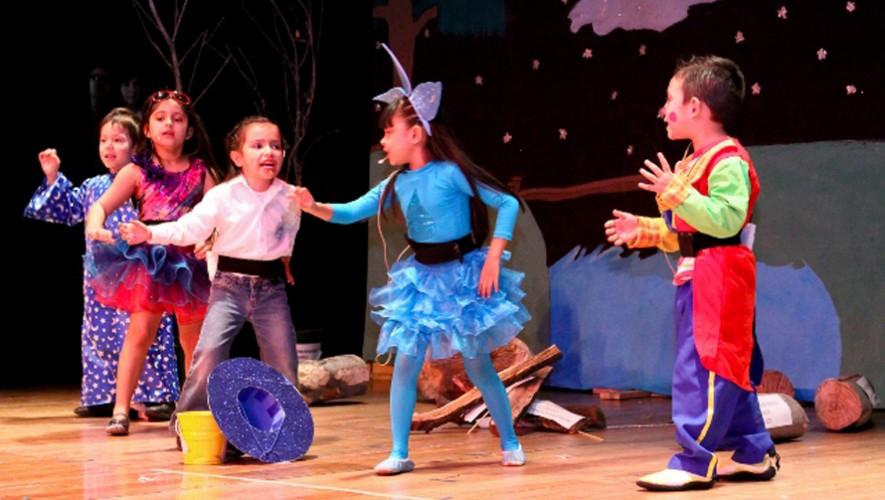 Dona los disfraces de tus hijos para que otros niños tengan oportunidad de divertirse con ellos. (Foto: Todoensanche)