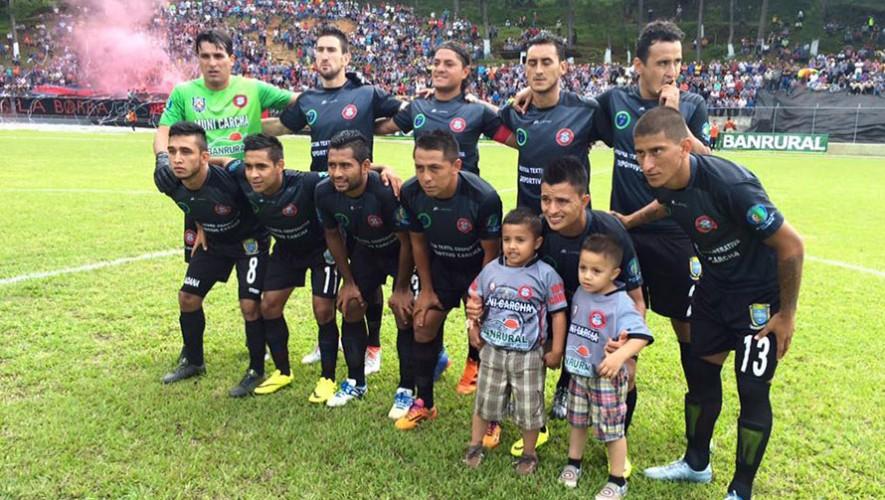 Partido de Xelajú vs Carchá, por el Torneo Apertura | Octubre 2016