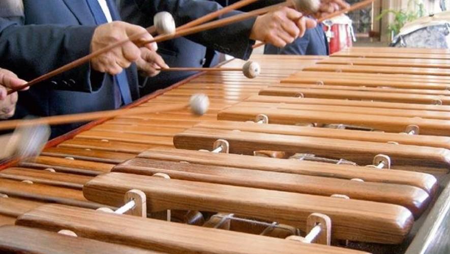 "Ensable de marimbas ""Afinando los Sentidos"" a beneficio de Fundal | Octubre 2016"