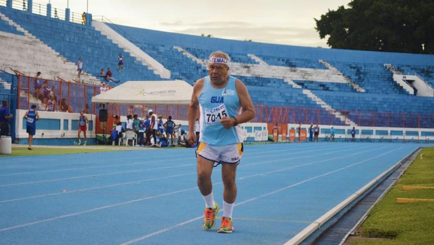 """La delegación guatemalteca fue gran dominador en las pruebas realizadas en el Estadio Nacional Jorge """"Mágico"""" González. (Foto: Atletismo ElSalvador La Fede)"""