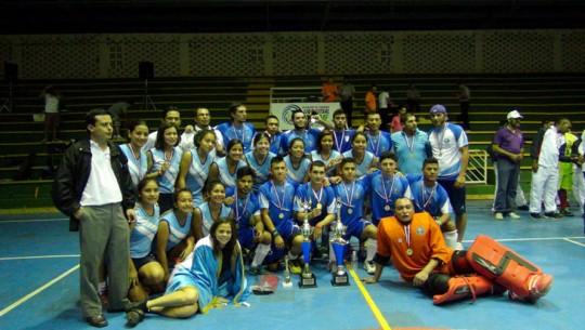 Guatemala tuvo una excelente participación en el Campeonato Centroamericano, luego de los hombres ganaran el primer lugar y las mujeres el segundo. (Foto: Patrick Espeio/PanAm Hockey)