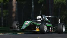 Ian Rodríguez gana tercer lugar en el Campeonato Italiano 2016 de la Formula 4. (Foto: Ian Rodríguez)