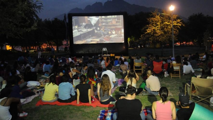 Cine al aire libre en la Alianza Francesa: Queen of Montreal | Octubre 2016