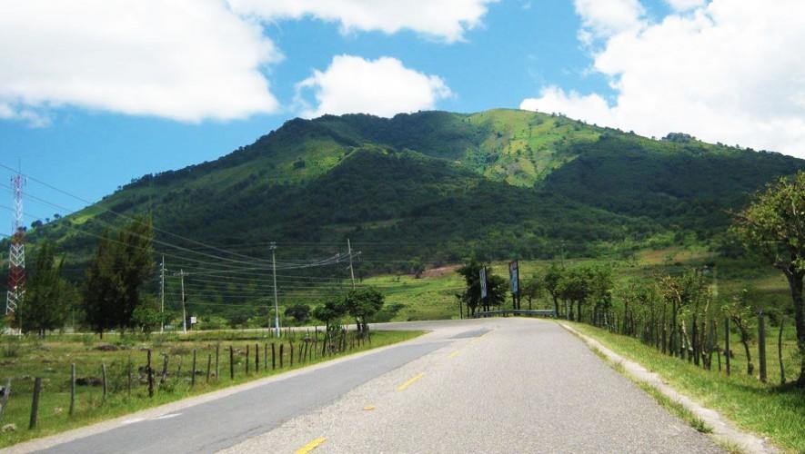 Ascenso a los volcanes de Jalapa por Go2Guate | Noviembre 2016