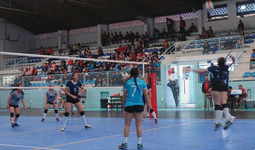 El Gimnasio 7 de Diciembre albergó todos los partidos que se disputaron en los Juegos Nacionales de Voleibol. (Federación Nacional de Voleibol Guatemala)