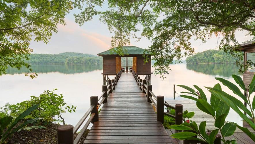 Vista a la Laguna Quexil desde el Hotel Las Lagunas en Flores, Petén. (Foto: Hoteles.com)