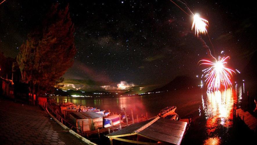 Viaje de Año Nuevo al Lago de Atitlán para parejas | Diciembre 2016