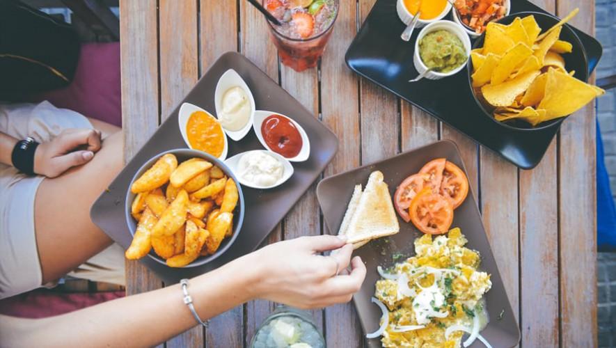Descubre en dónde puedes comer barato por el Black Friday. (Foto: Pexels)