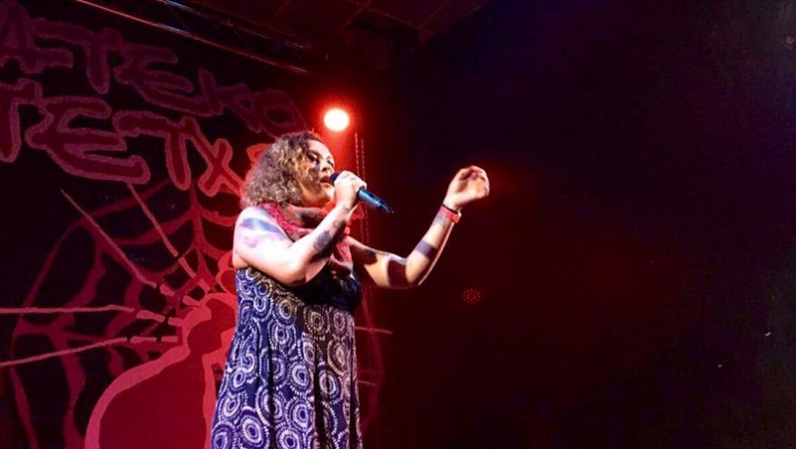 Rebeca Lane y Dj Meches en El Attico Bar en Antigua Guatemala   Diciembre 2016