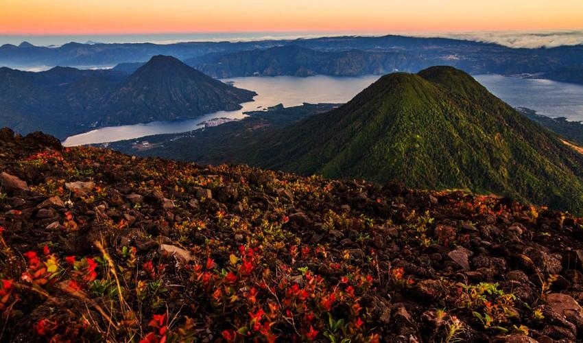 Trilogía Totitlán: Ascenso a los tres volcanes del Lago Atitlán   Diciembre 2016