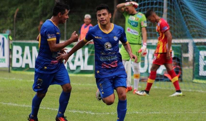 Partido de Cobán vs Petapa por el Torneo Apertura | Noviembre 2016