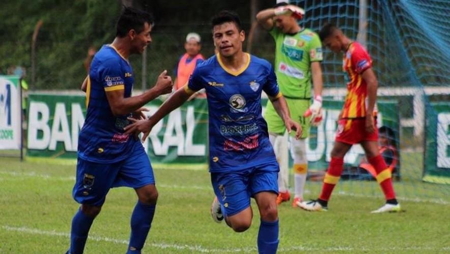 Partido de Xelajú vs Cobán, por el Torneo Apertura | Noviembre 2016