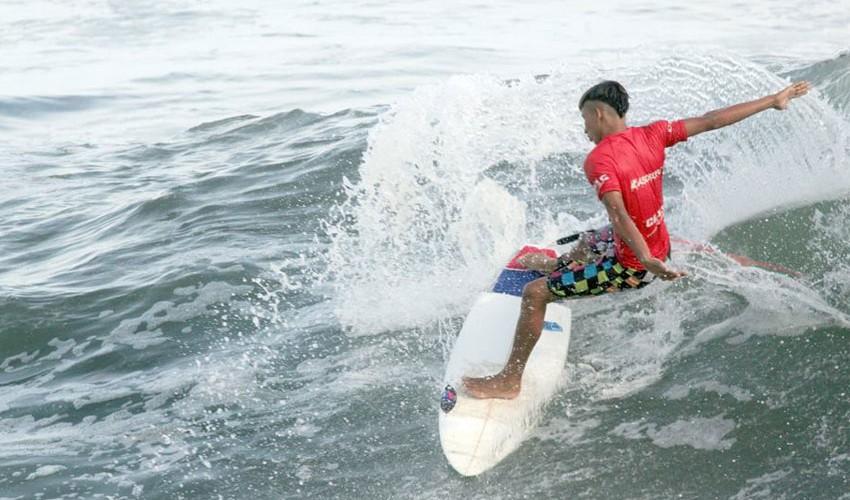 La Playa de Champerico albergó a los mejores surfistas de Guatemala durante la tercera fecha del año. (Foto: Asosurf Guatemala)