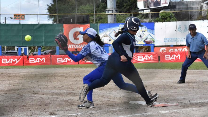Guatemala y El Salvador protagonizaron una emocionante final en el Diamante Carlos Cano Gómez de Vista Hermosa. (Foto: Marian Von-Rayntz)