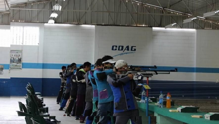 El Polígono de San Cristóbal fue el escenario perfecto para que los mejores tiradores juveniles midieran sus habilidades. (Foto: Asociación de Tiro de Guatemala)
