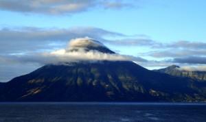 volcan-lago-atitlan-armando-cuellar