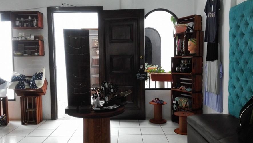 """Bazar navideño """"Me lo llevo"""" en Artesano's Market   Dicimbre 2016"""