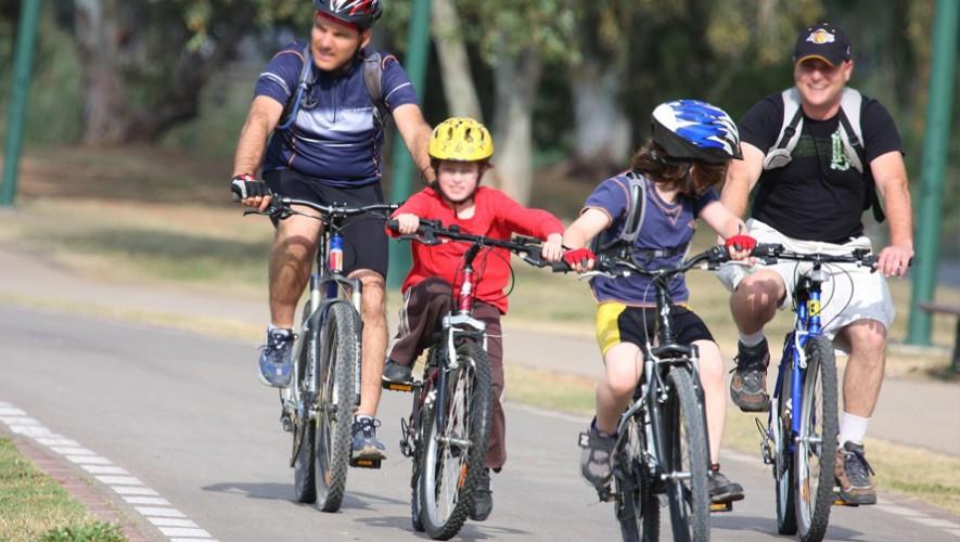 Paseo Navideño familiar en bicicleta en Zona Portales | Diciembre 2016