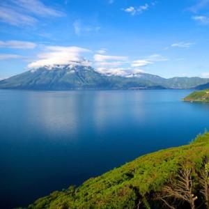 Hermoso Lago de Atitlán