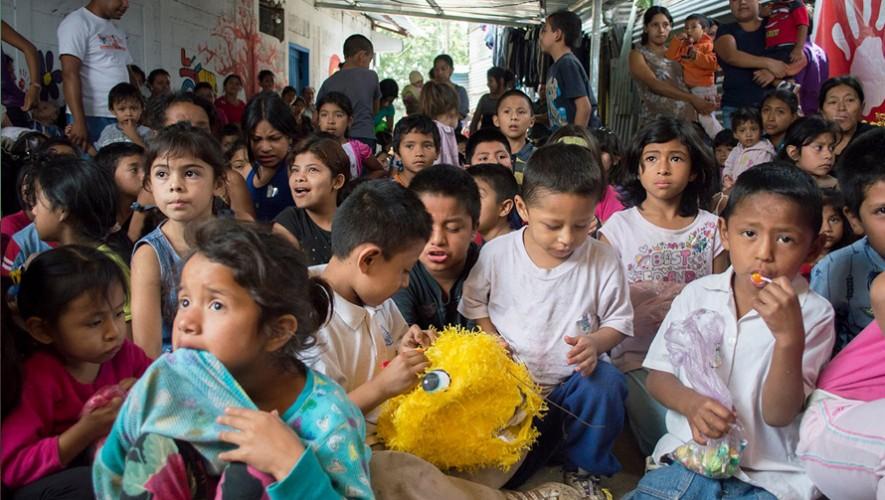 Navidad con las personas del basurero de la zona 3 | Diciembre 2016