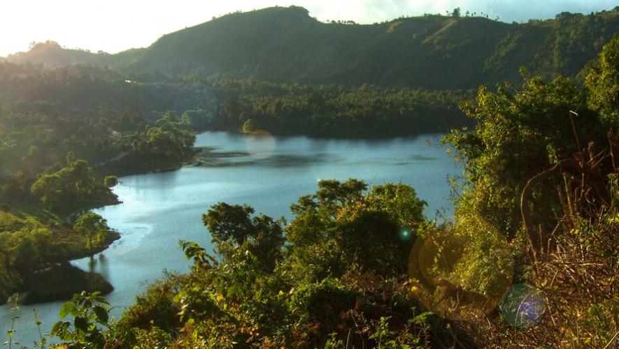 Limpieza de la Laguna de Calderas en San Vicente Pacaya | Enero 2017