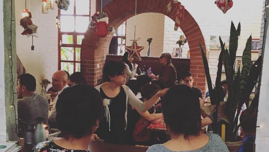 Micrófono abierto en El Mercadito de Lola  zona 15 | Diciembre 2016