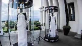 Tres diseñadores guatemaltecos elaboraron hermosos vestidos con papel higiénico. (Foto: Suave Gold)