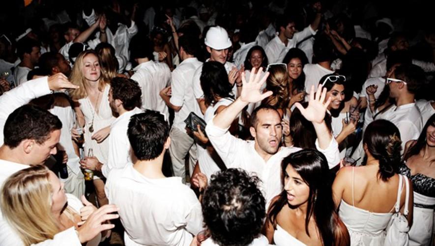 White Party en Hotel Jardines del Lago Panajachel   Diciembre 2016