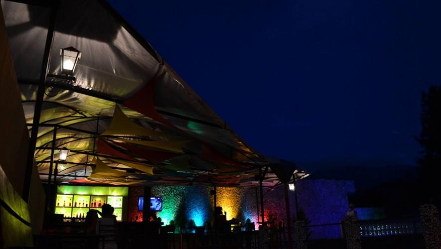 Fiesta de Año Nuevo en Zoola Antigua Guatemala   Diciembre 2016