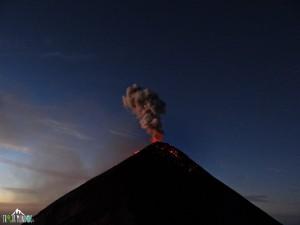 erupcion-volcan-de-fuego