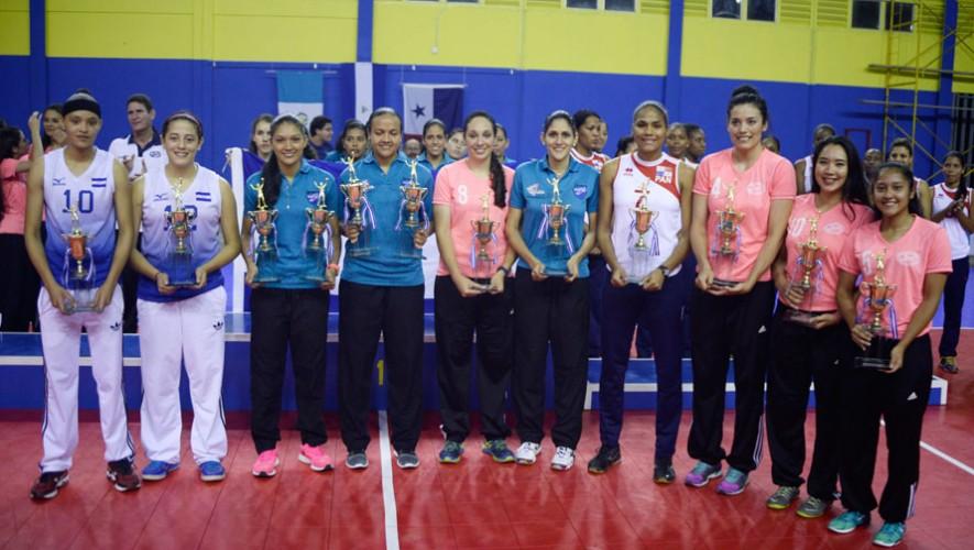 Ada Villalobos, Blanca Recinos y Rut Gómez formaron parte del equipo de estrellas del torneo.