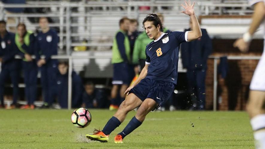 Aguilar anotó un golazo en el último minuto ante el equipo de Vermon. (Foto: Virginia Sports)