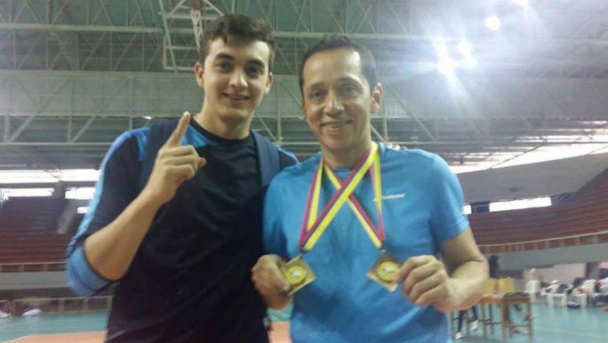 En los dos torneos que disputó en Colombia, Raúl formó pareja con un atleta peruano. (Foto: Facebook de Raúl Anguiano)