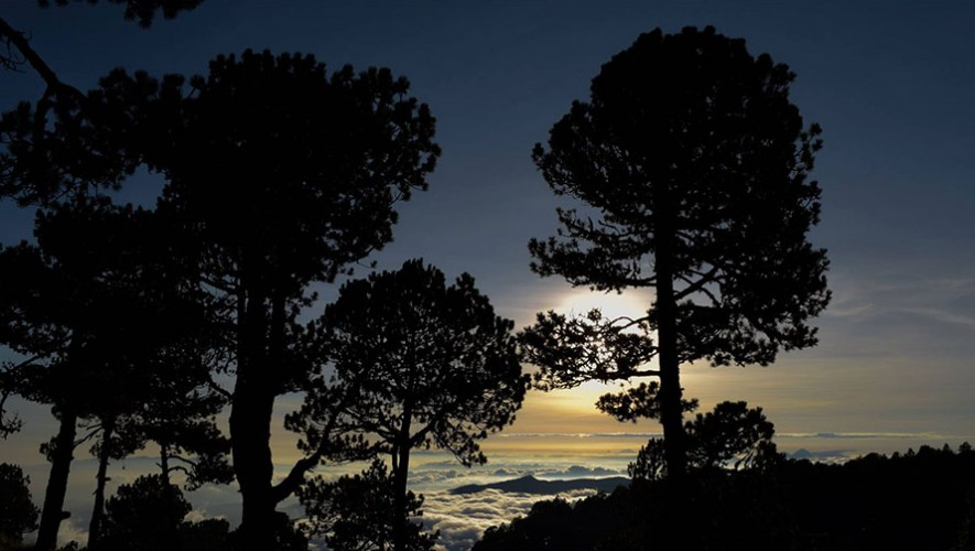 Ascenso al Volcán Tajumulco por Tito Tours & Adventures