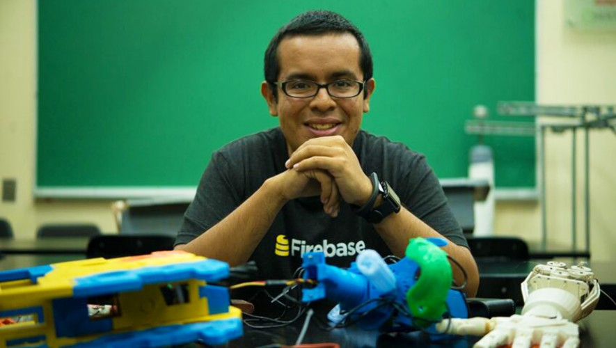 El ingeniero guatemalteco Adrián Catalán es el único Experto Android en Latinoamérica. (Foto: Lo Más Nuevo)