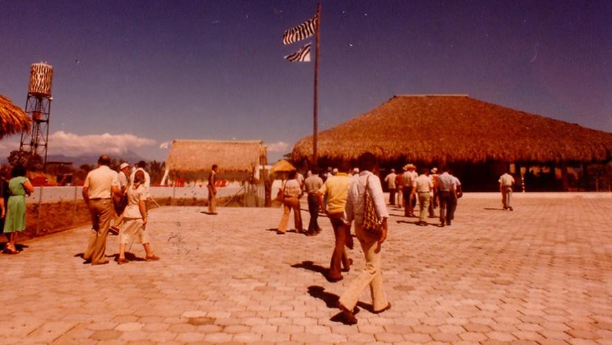 Así lucía el Auto Safari Chapín en su apertura en 1980.  (Foto: Auto Safari Chapín)