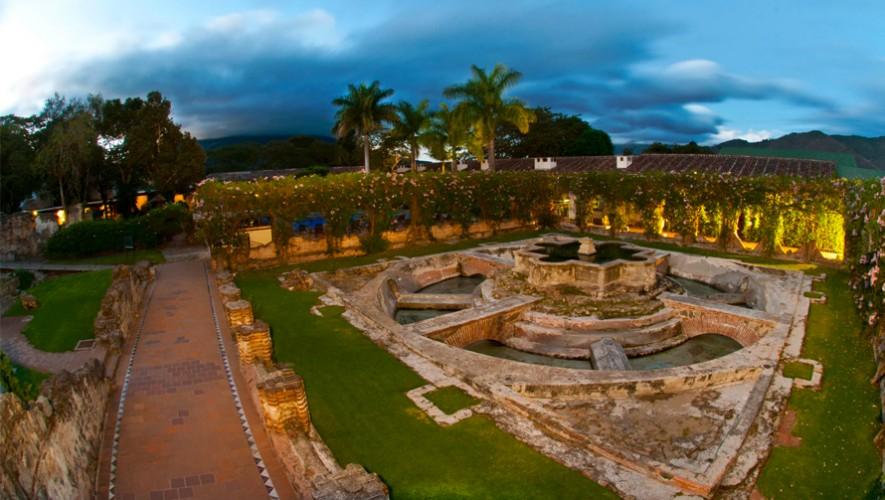 Jard n de hotel casa santo domingo en antigua guatemala for Casa jardin guatemala
