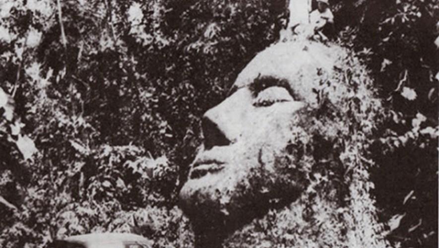 Así luce la supuesta cabeza gigante que se encontró en Guatemala hace medio siglo. (Foto: Mysterium Latino)