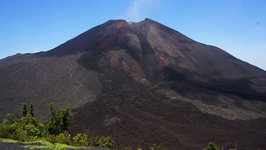 Ascenso al Volcán de Pacaya para compra de prótesis de pierna para Vera Brenner | Enero 2017